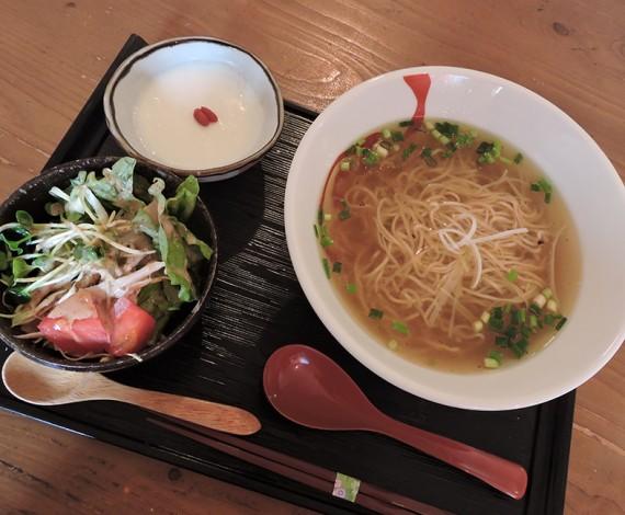 塩ラーメン&ミニサラダ&杏仁豆腐